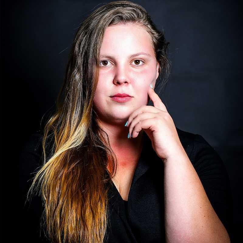 אירנה משרובסקי, בוגרת הסדנה למשחק של אייל רוזלס